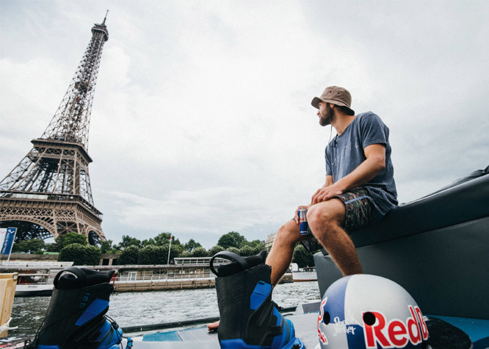 Downtown Paris Wakeboarding 1 700X500