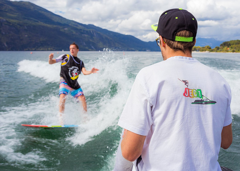 jec-wakeboarding-the-last-wave