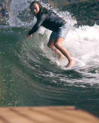 wakesurfing-kasey-smith